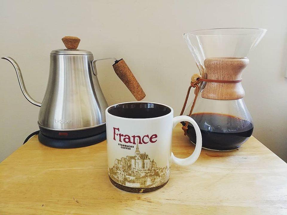 Chemex coffee maker and Starbucks